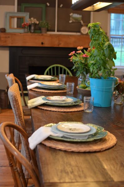 How to create a farmhouse dining room on a budget